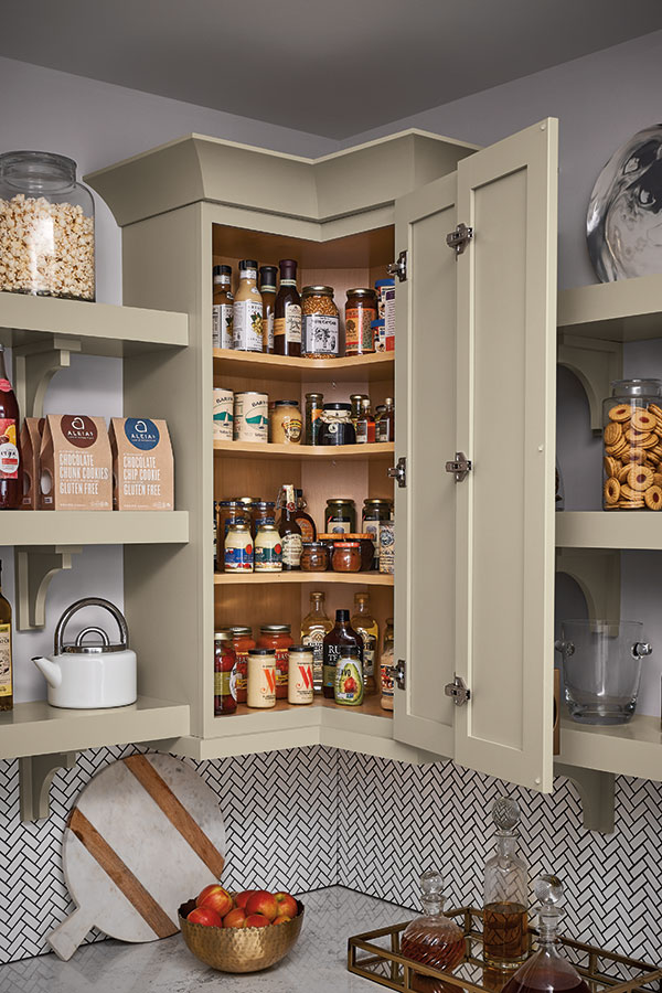 /-/media/schrock/products/cabinet_interiors/3wallezreachmegr.jpg