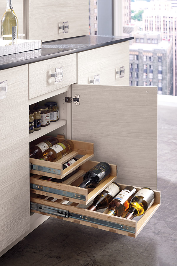 /-/media/schrock/products/cabinet_interiors/4winepulloutlarcs.jpg