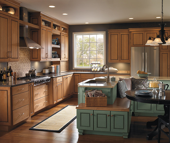 Maple_wood_cabinets_painted_kitchen_island