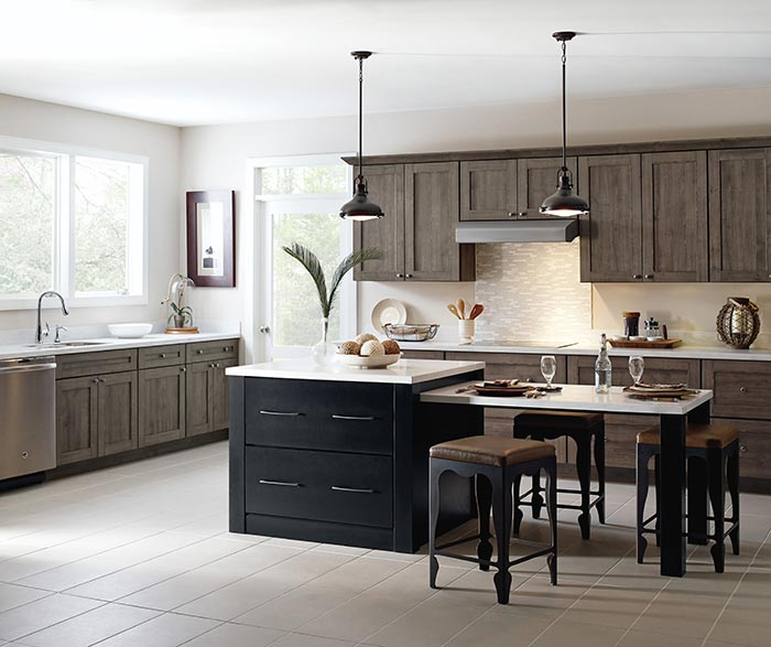 Herra laminate kitchen cabinets in Elk with a Prestley Black island