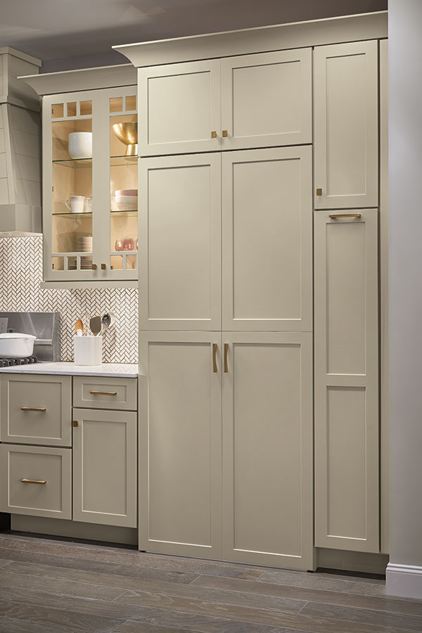 /-/media/schrock/products/specialty_cabinets/montgomegrmgrzk5.jpg