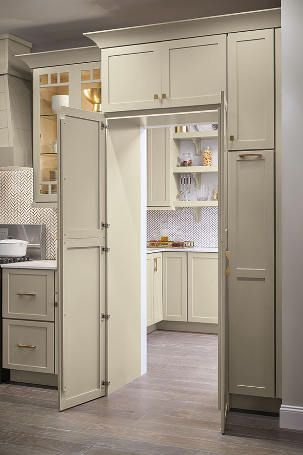 /-/media/schrock/products/specialty_cabinets/montgomegrmgrzk6.jpg